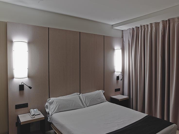 Holiday Inn BLUX