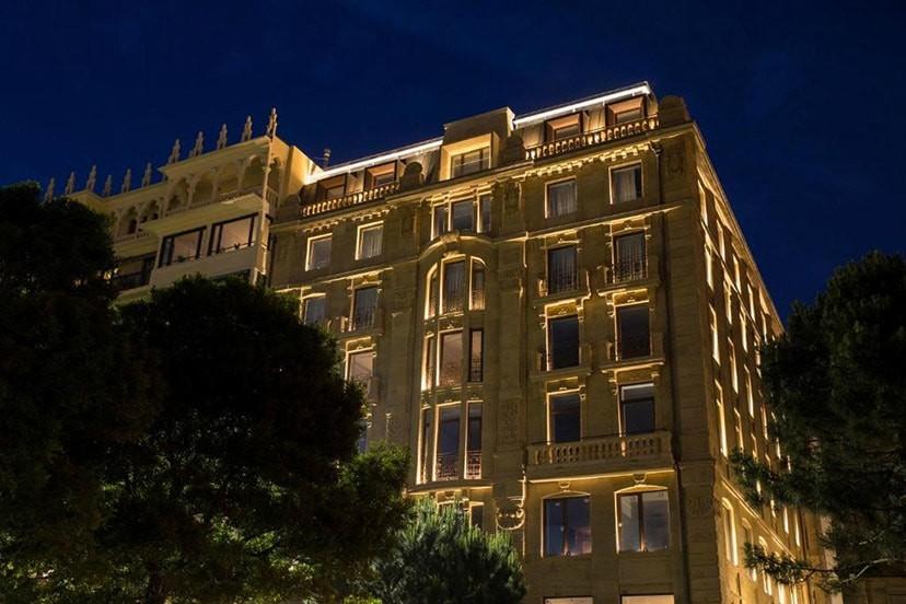 LASALA HOTEL BLUX