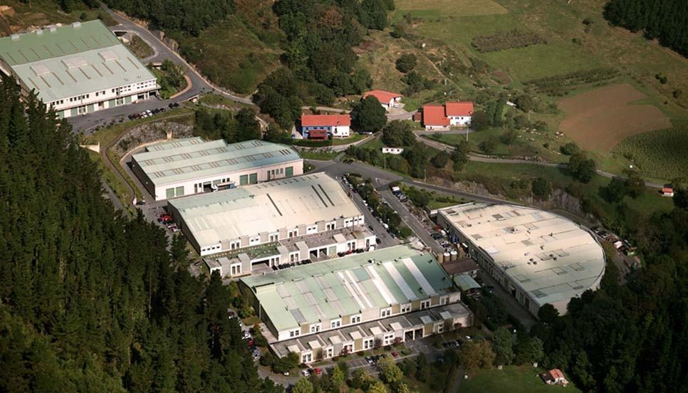 Sede comercial y fábrica de B.lux en Gizaburuaga.